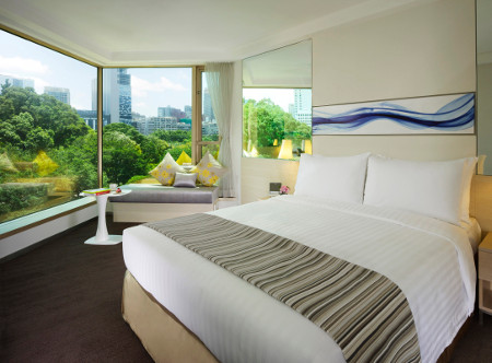 Royal_Pacific_Hotel_-_Premier_Room.jpg
