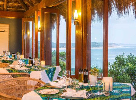 Machangulo_Beach_Lodge_-Restaurant.jpg