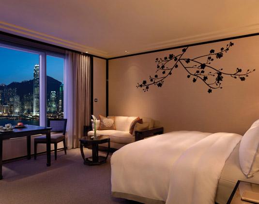 HKG_The_Peninsula_-_Grand_Deluxe_Room.jpg