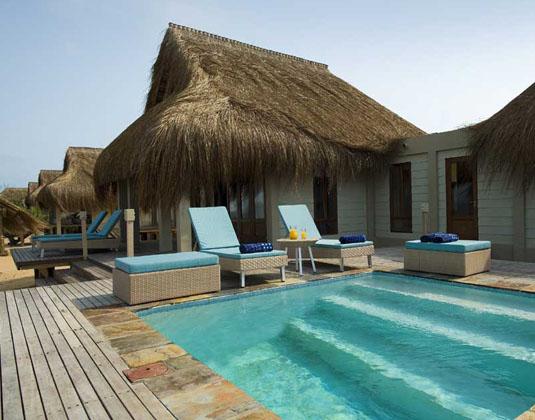 Dugong_Beach_Lodge_-_Pool.jpg