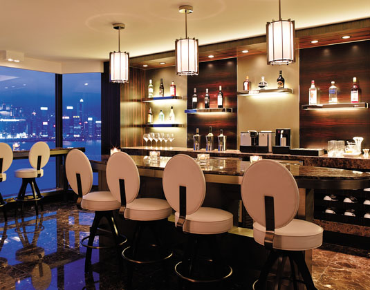Kowloon_Shangri-La_-_horizon_Club_Lounge.jpg