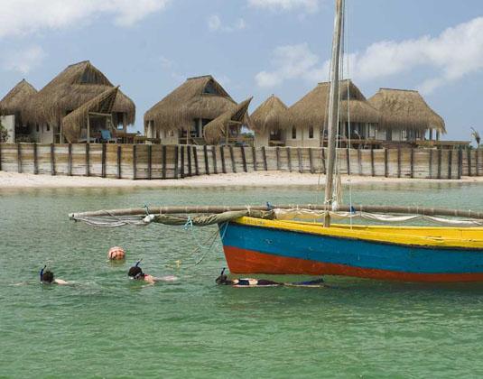 Dugong_Beach_Lodge_-_Snorkel.jpg