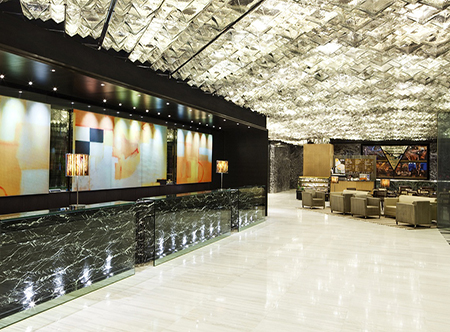 Kowloon_Hotel_by_Harbour_Plaza_-_Lobby.jpg