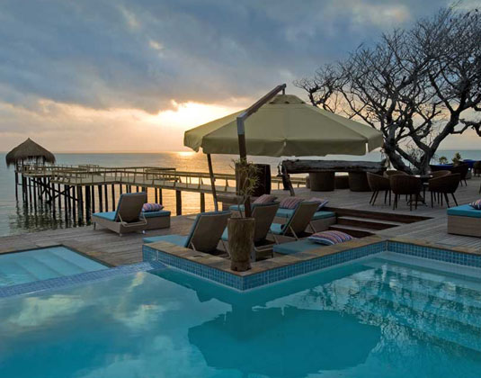 Dugong_Beach_Lodg_-_Pool_at_sunset_MAIN.jpg