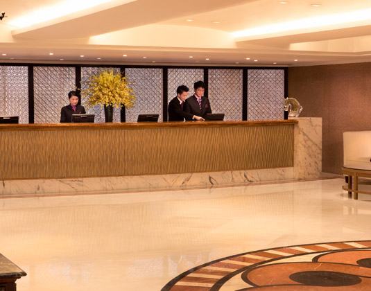 Royal_Pacific_Hotel_and_Towers_-Reception.jpg