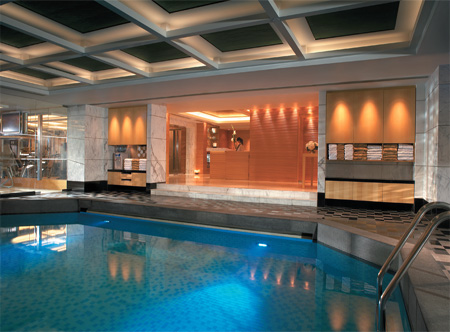 13335_1_Kowloon-Shangri-La-Pool.jpg